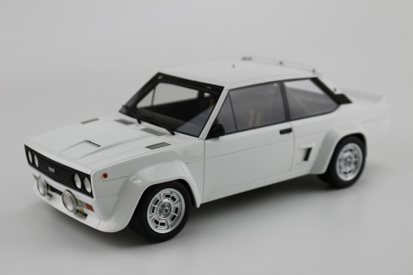 Fiat 131 Abarth 1977 plain white