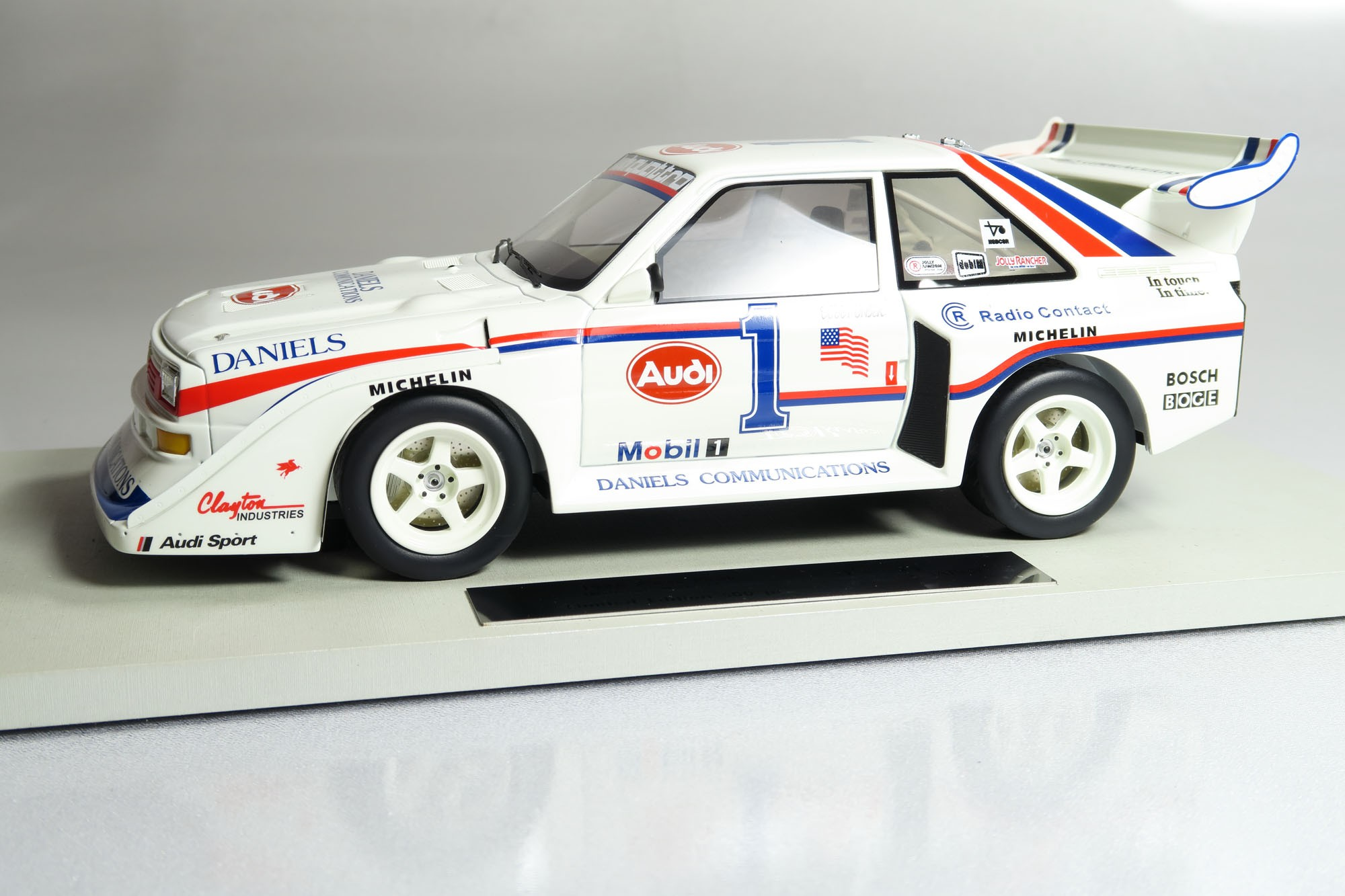 Top Marques Collectibles Audi Pikes Peak Winner Bob Unser 118