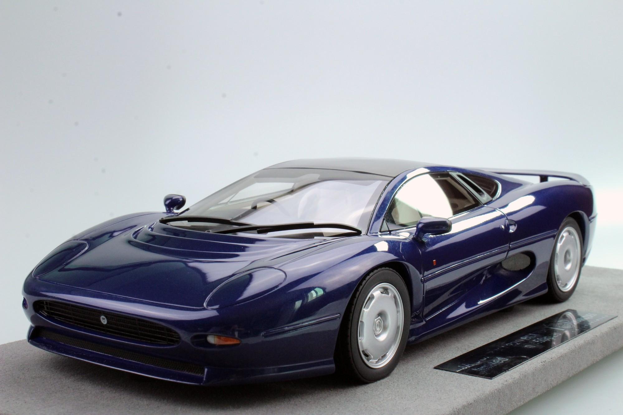 top marques collectibles jaguar xj220 1 18 blue top39b. Black Bedroom Furniture Sets. Home Design Ideas