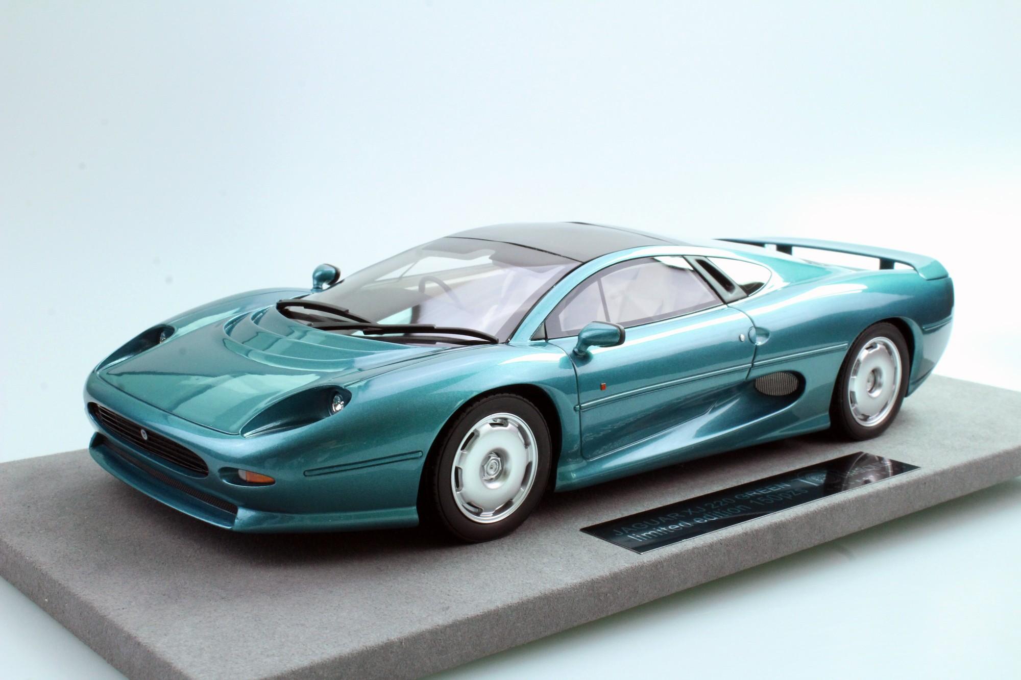 top marques collectibles jaguar xj220 1 18 green top39a. Black Bedroom Furniture Sets. Home Design Ideas