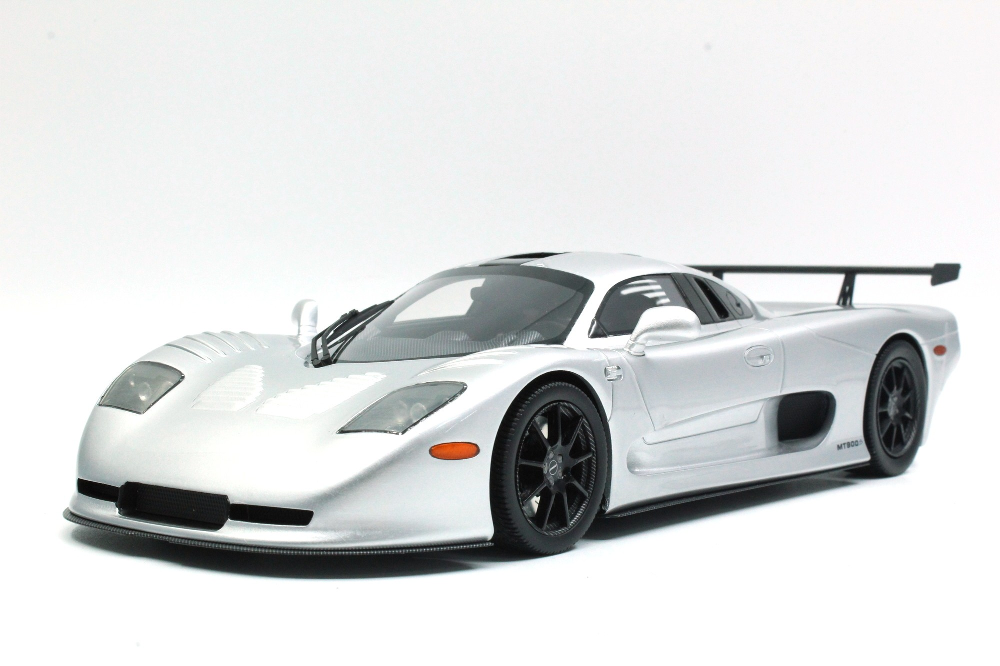 Top Marques Collectibles Mosler MT900, 1:18 silver | TOP46B
