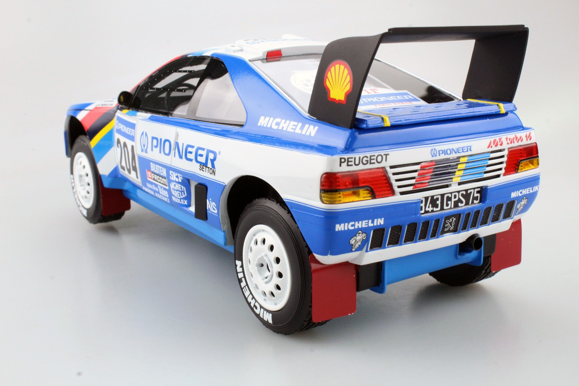 Top Marques Collectibles Peugeot 405 GT T 16 Paris Dakar Winner 1989