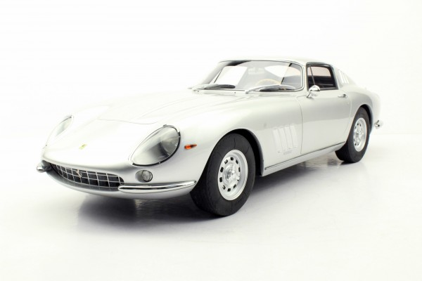 275 GTB/4 with Alloy wheels (Pre-order)