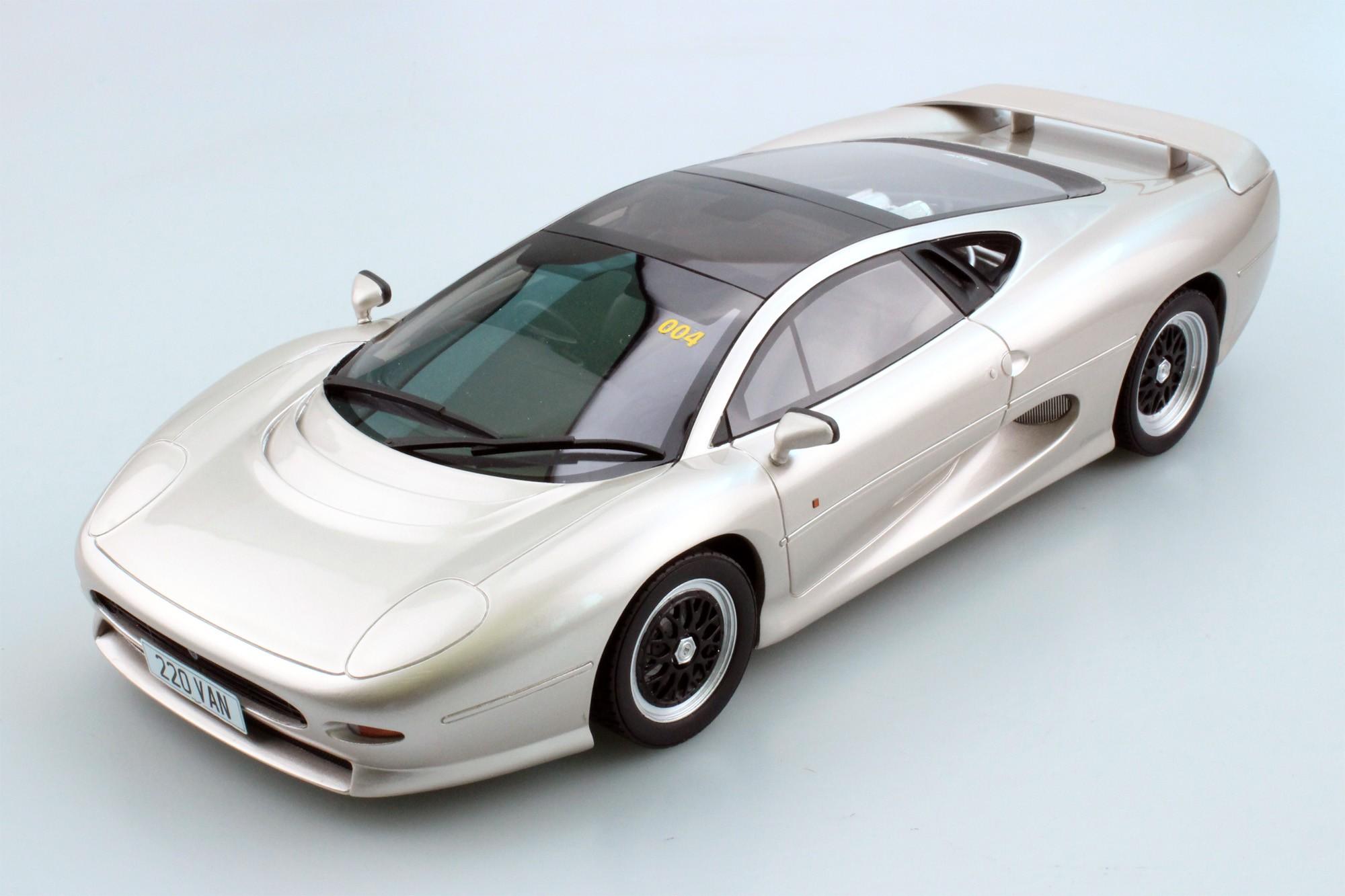 Top Marques Collectibles Jaguar Xj220 Don Law Edition Pre Order