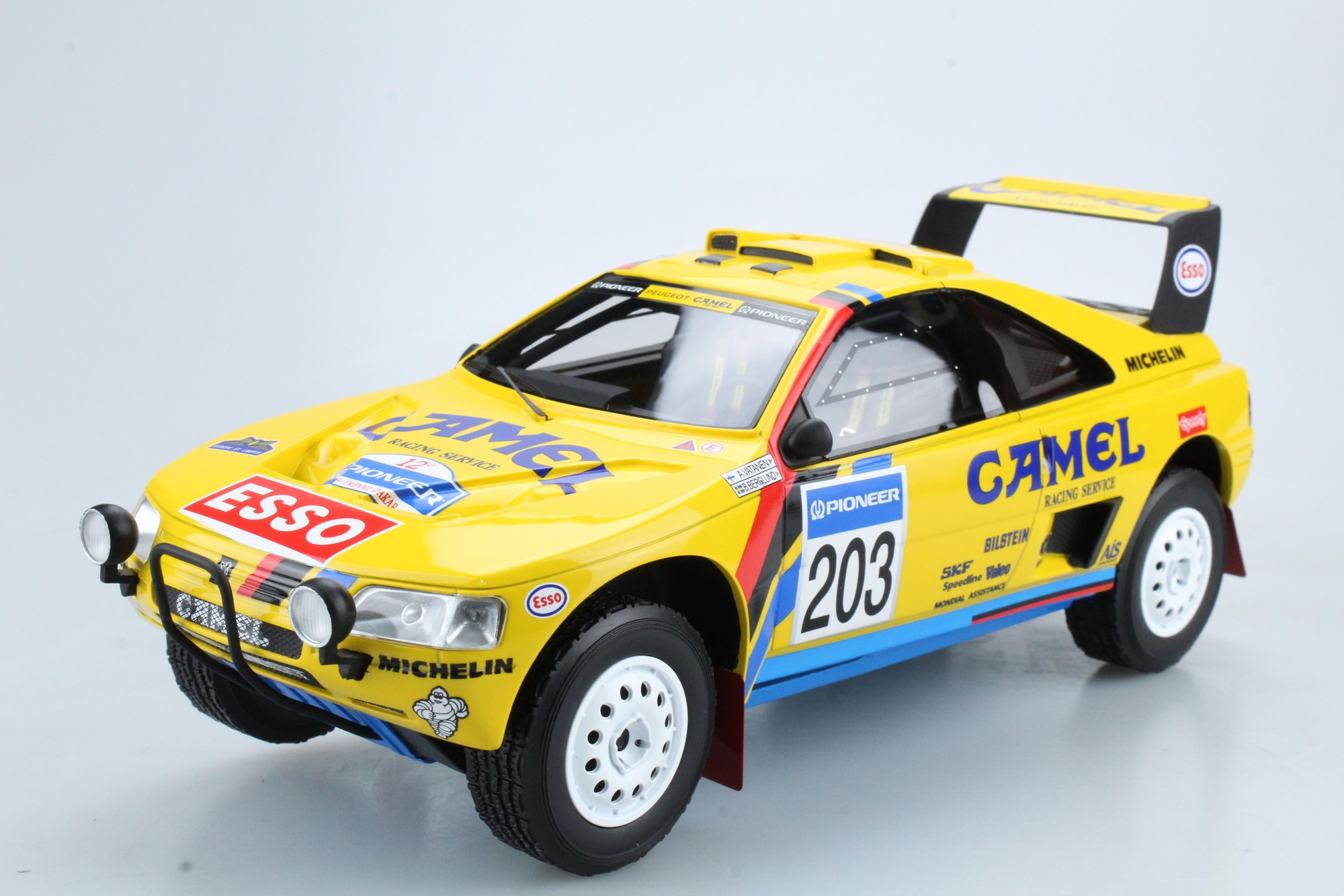 Top Marques Collectibles Peugeot 405 GT T 16 Paris Dakar Winner 1990