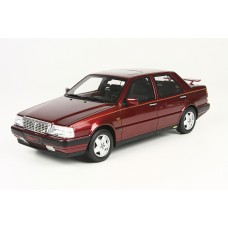 Lancia Thema red